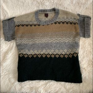 Short sleeve gray, Black and tan wool sweater.
